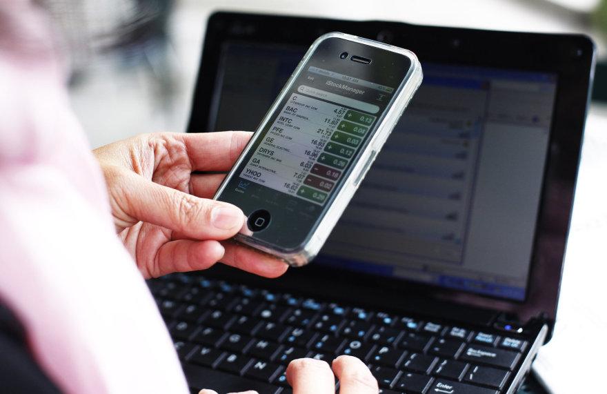 Prekyba akcijomis išmaniajame telefone