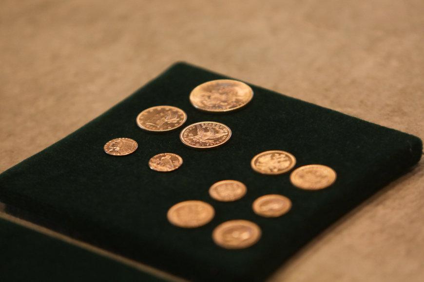 Auksinių monetų lobis