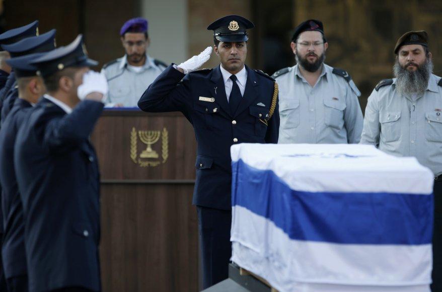 Atsisveikinimo su Arieliu Sharonu ceremonija