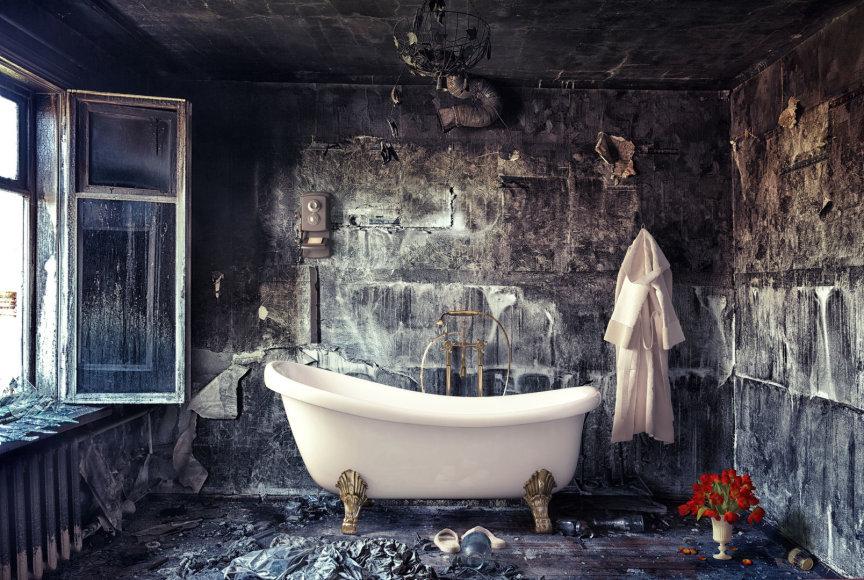 Niūrus vonios kambarys