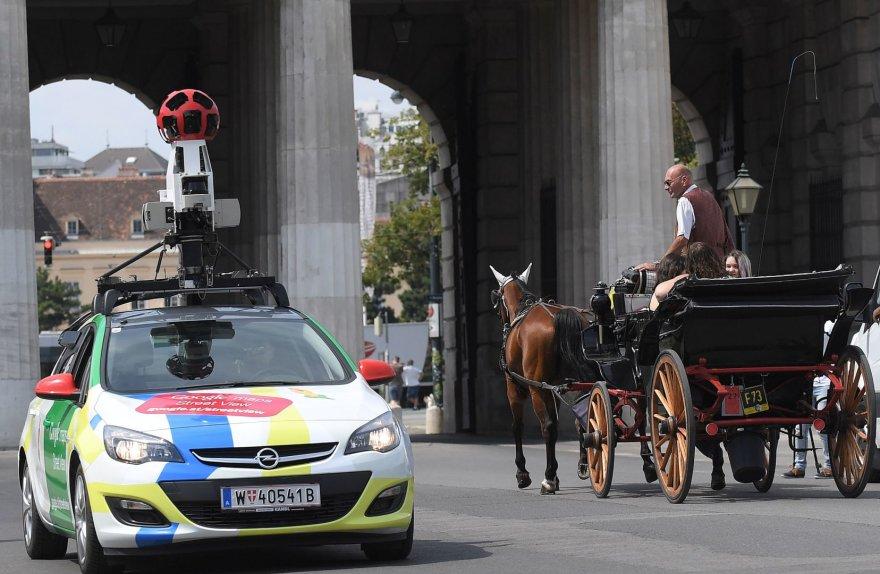 """""""Google Street View"""" automobilis Vienoje"""