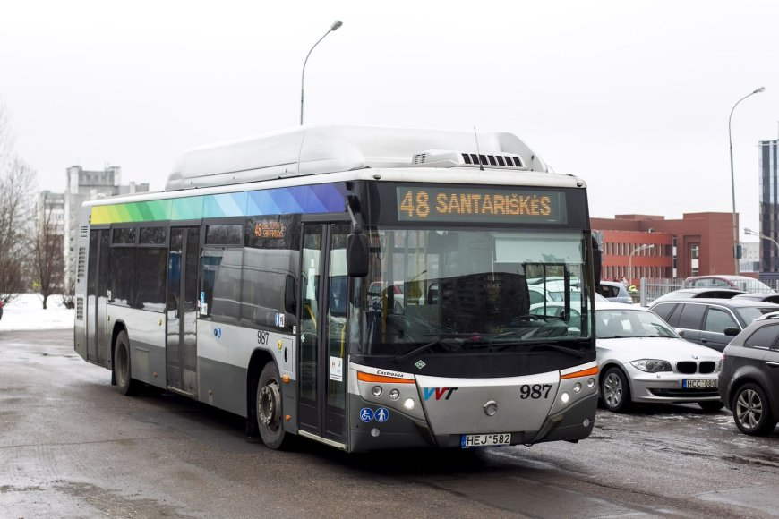 48 maršruto autobusas
