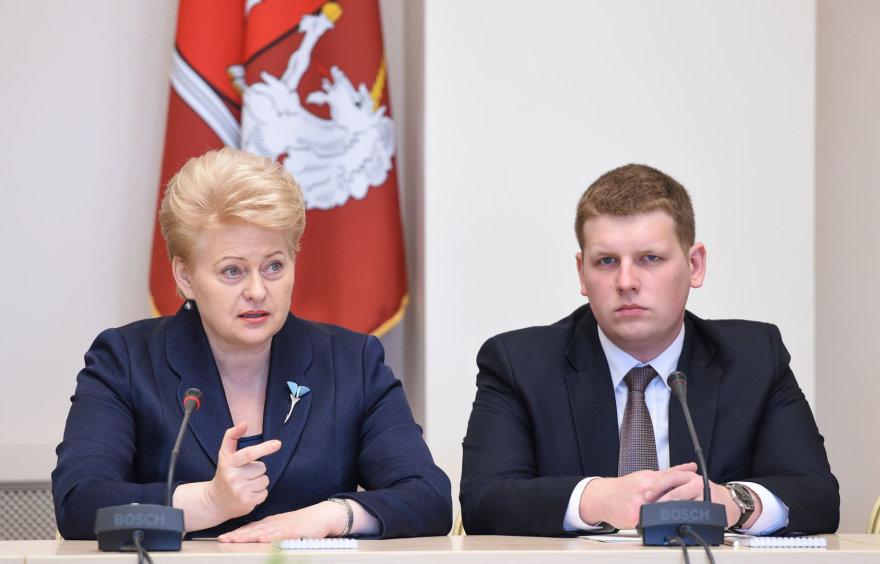 Dalia Grybauskaitė su Lietuvos jaunimo organizacijų atstovais