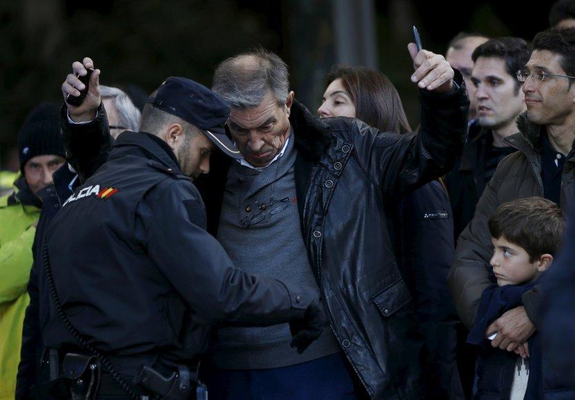 Ispanijos policija tikrina įtartinus asmenis