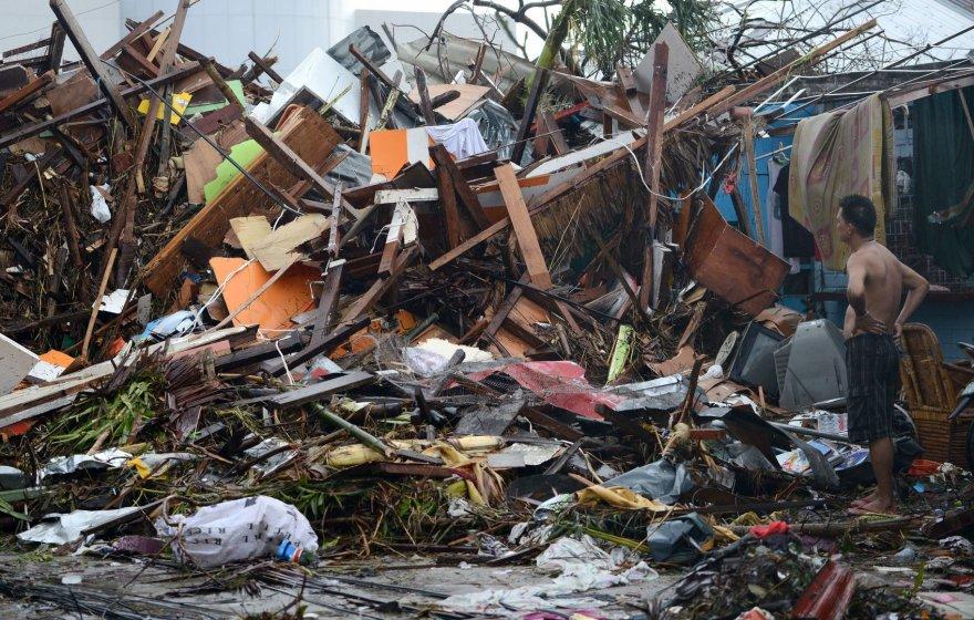 Filipinų Taklobano miestas, nusiaubtas taifūno Haiyan