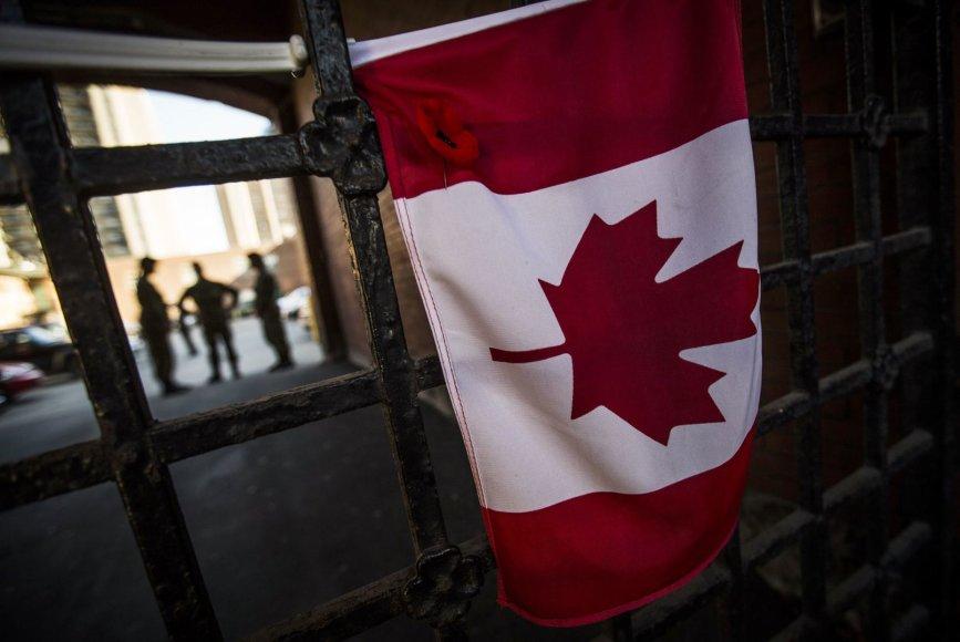 Kanada gedi po išpuolio Otavoje