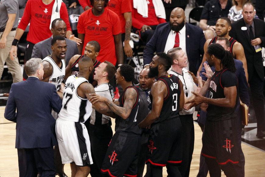 """""""Spurs"""" – """"Rockets"""""""