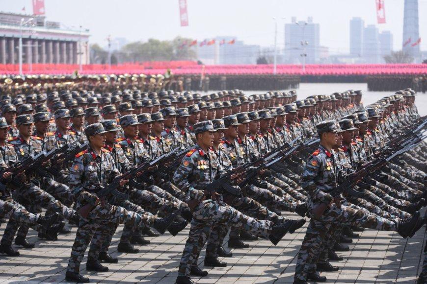 Karinis paradas Šiaurės Korėjoje
