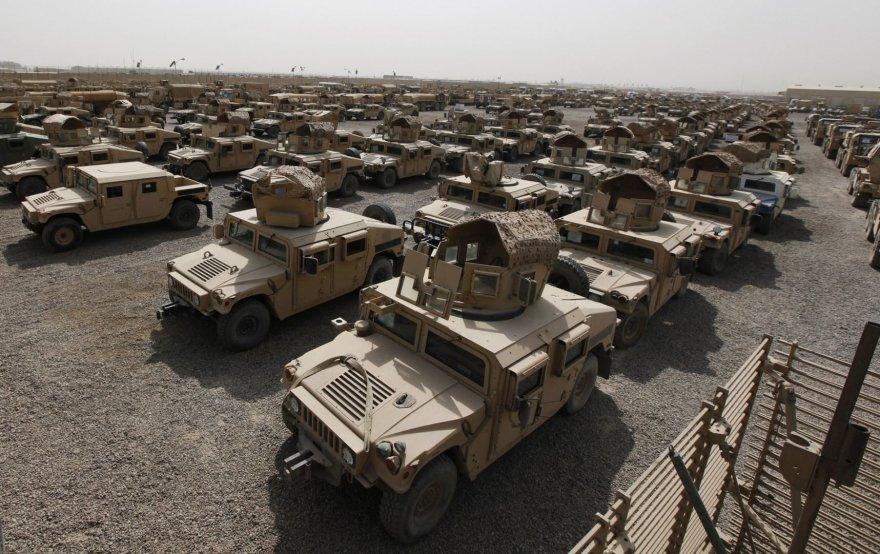 """Visureigiai """"Humvee"""""""