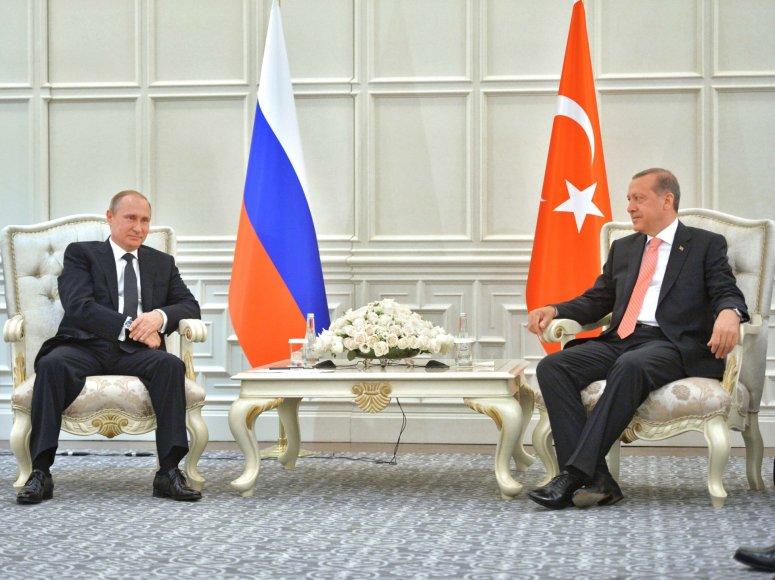 Vladimiras Putinas Baku susitiko su Recepu Tayyipu Erdoganu.