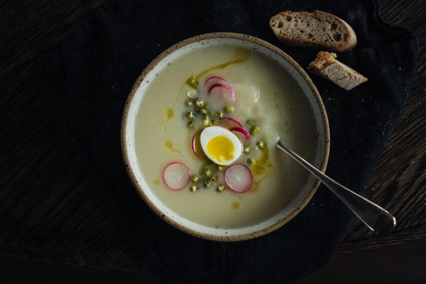 Kreminė žiedinių kopūstų-salierų sriuba