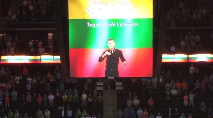 """Lietuvos himnas Kauno """"Žalgirio"""" arenoje – jau ir gestų kalba"""