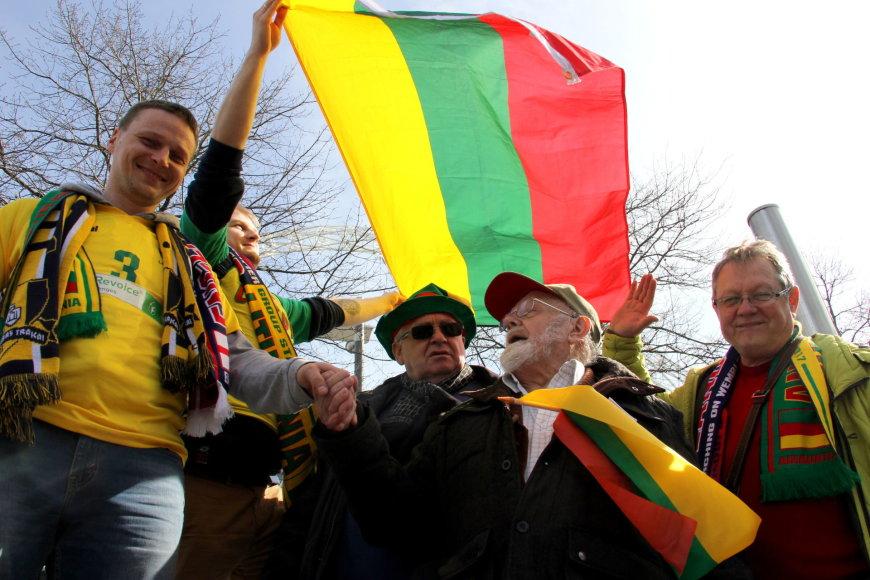 Anglijos ir Lietuvos futbolo rinktinių dvikova: fanų zona