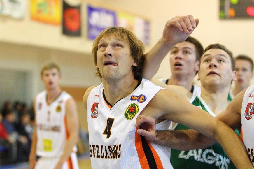 Arnas Kazlauskas – vyriausias NKL žaidėjas