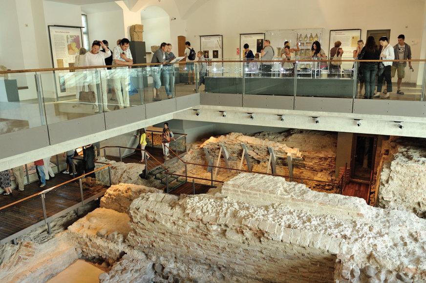 Šeštadieniais Valdovų rūmų muziejaus ekspozicijas kartu su gidu galės apžiūrėti ir pavieniai lankytojai