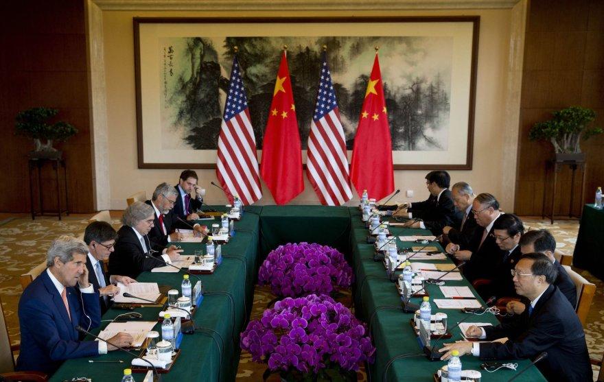 Kinijos ir JAV atstovų susitikimas Pekine