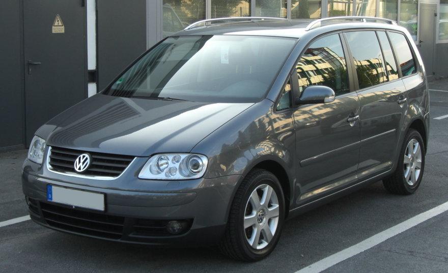 VW_Touran_TDI_front-1