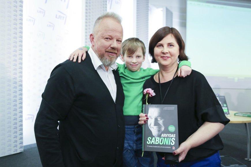 Vytaras ir Laisvė Radzevičiai su sūnumi Vincentu