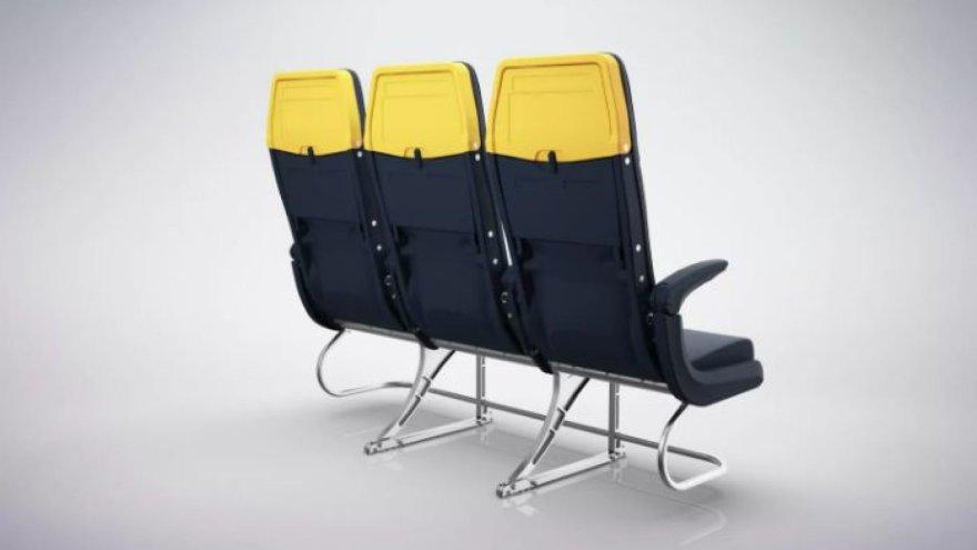 """Naujos """"Ryanair"""" kėdės"""