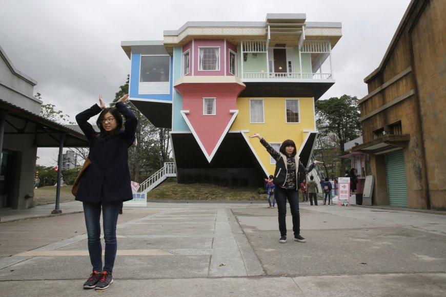 Namas aukštyn kojomis Taivane