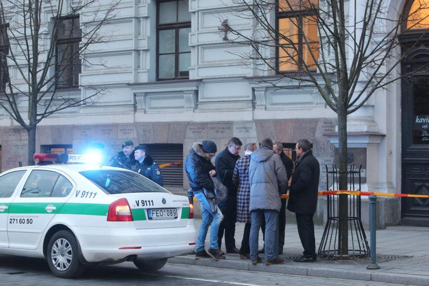 Policija ieško sprogmenų Apeliaciniame teisme, Vilniuje