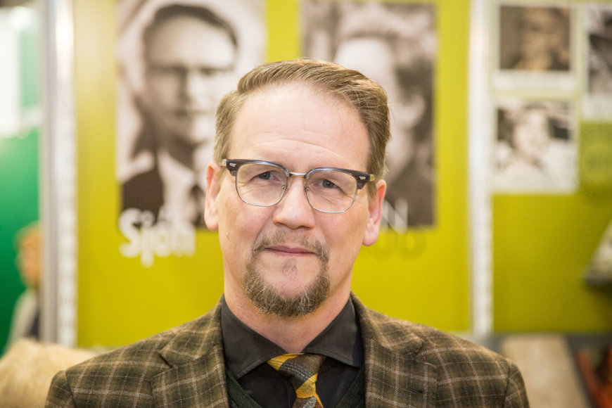 Islandų rašytojas Sjonas