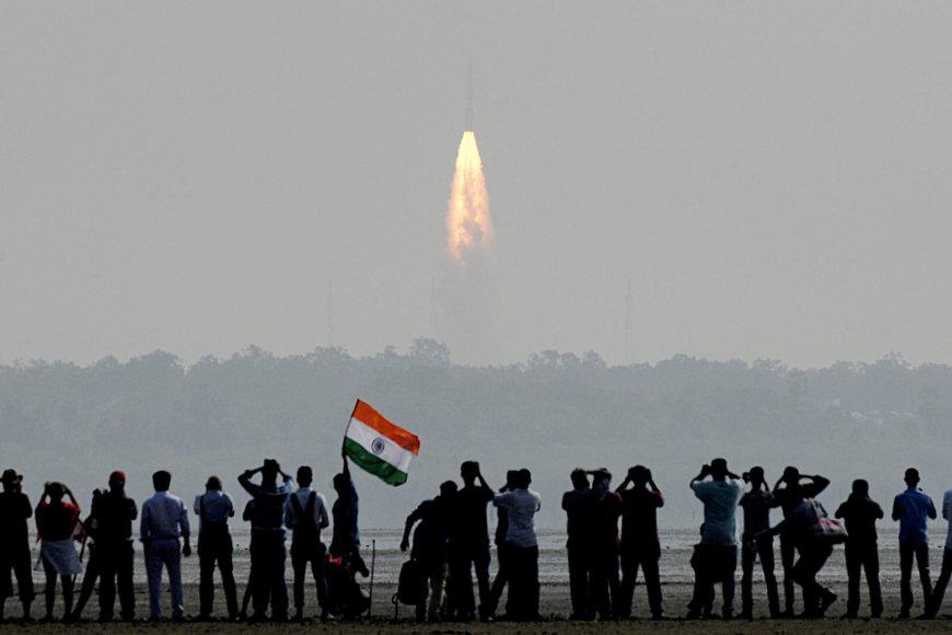Indijos raketa iškėlė rekordinį 104 palydovų spiečių