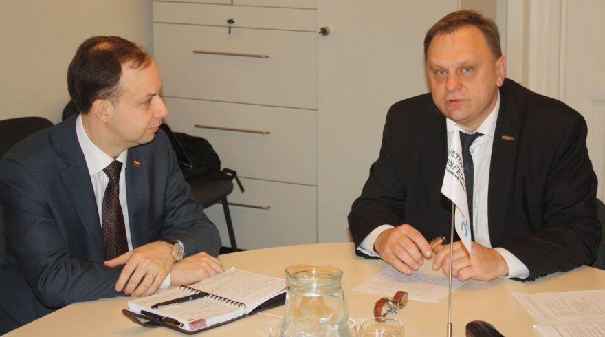 Valdas Sutkus (dešinėje ir Aurelijus Veryga