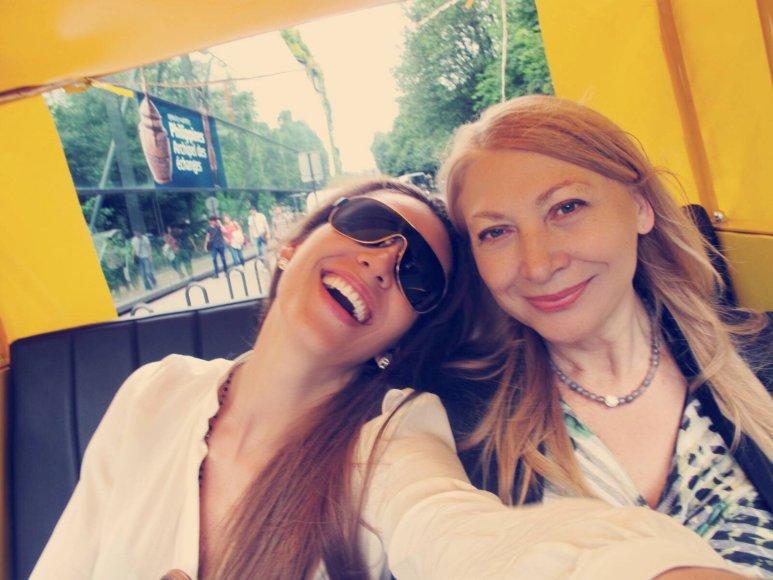Kristina Tučkutė su mama Ala Tučkuviene