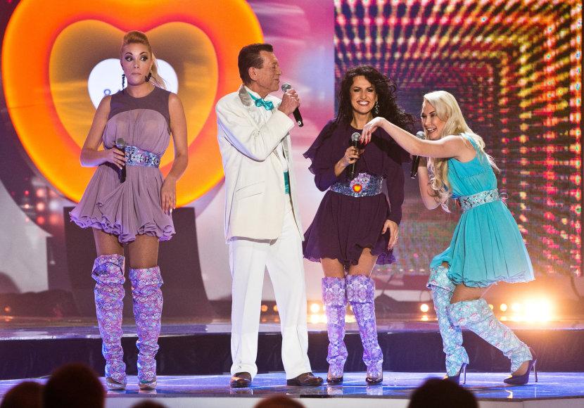 """Grupė """"Pop Ladies"""" ir Stasys Povilaitis"""