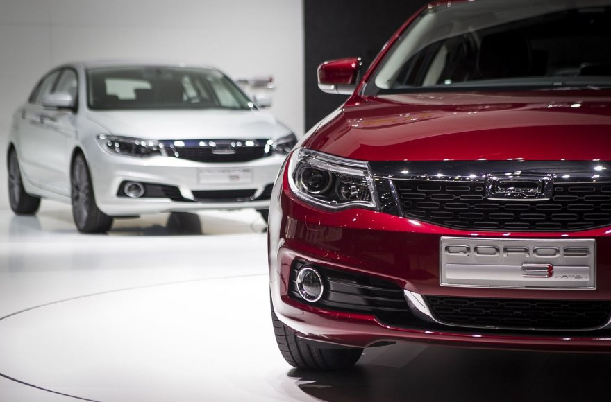 """Kiniškas įrodymas, kad čia gali būti kuriami geri automobiliai: """"Qoros 3"""""""