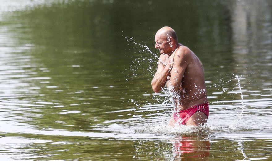 Penktadienio popietė prie Salotės ežero Vilniuje