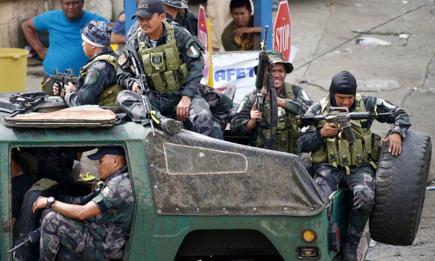 Filipinų pareigūnai