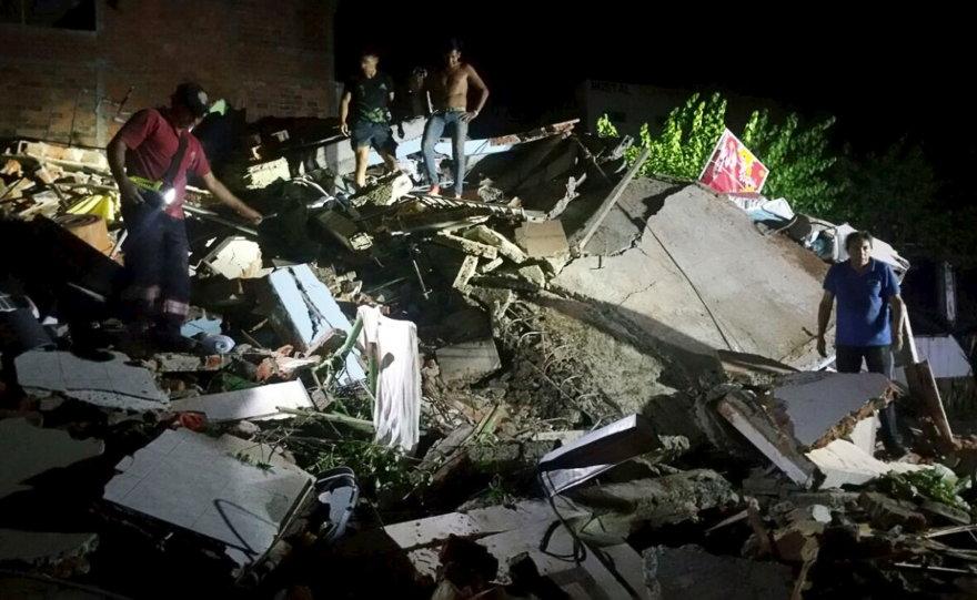Galingas žemės drebėjimas supurtė Ekvadorą