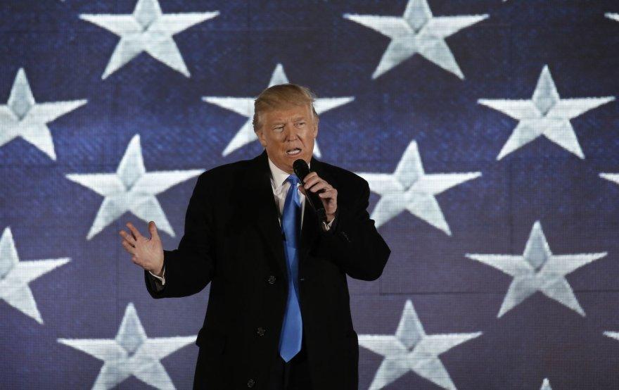 Vašingtone koncertu pasitiktas Donaldas Trumpas