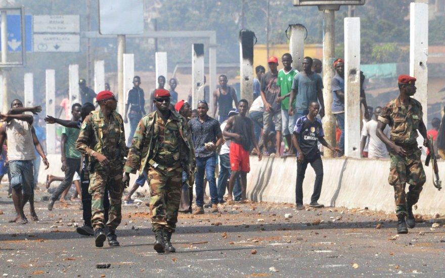 Protestai Gvinėjos gatvėse