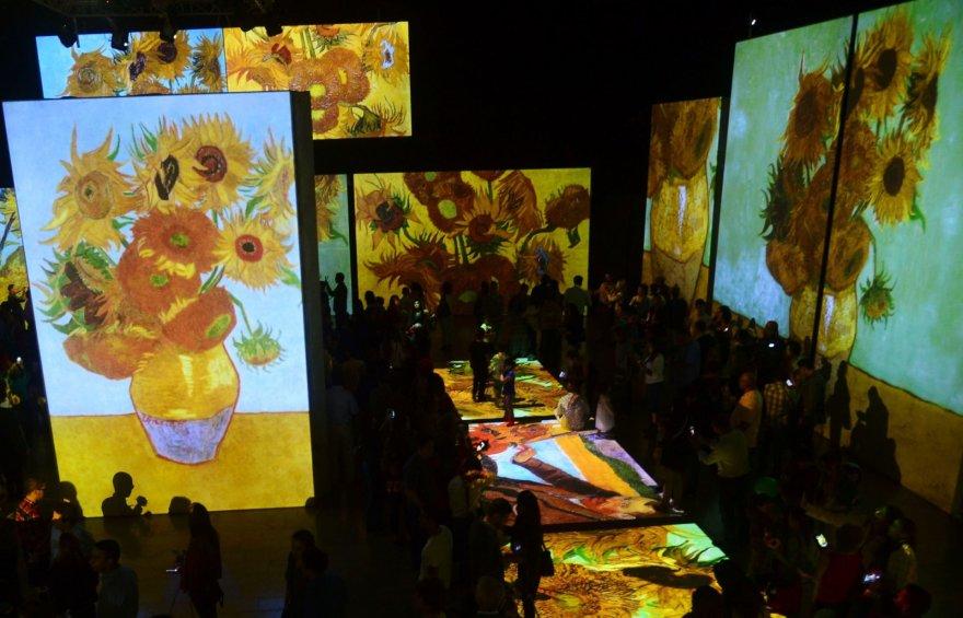 "Multimedijos paroda ""Van Gogh Alive"" Kolumbijoje"