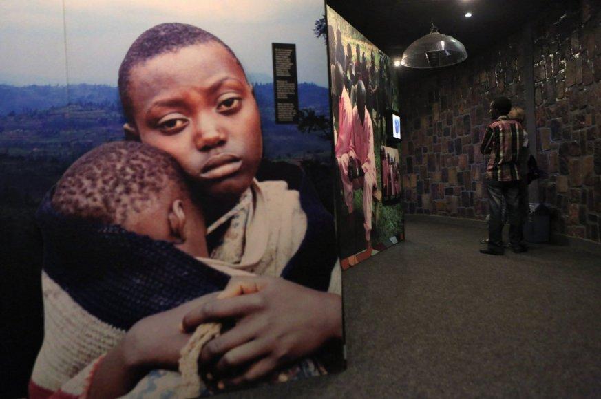 Ruandos genocidas.