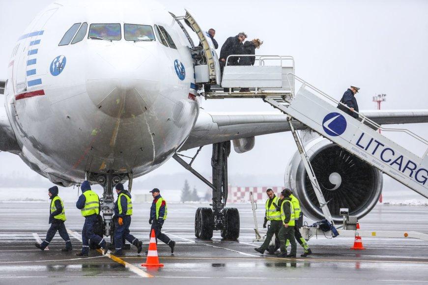 Vilniaus oro uoste nusileido Prancūzijos karinių oro pajėgų lėktuvas Airbus A310