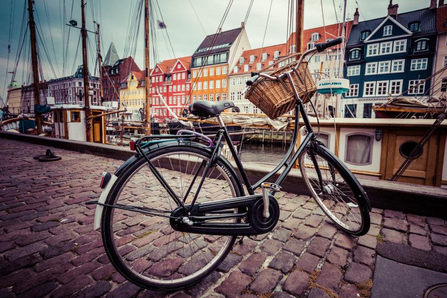 Kopenhagoje dviračius turi visi