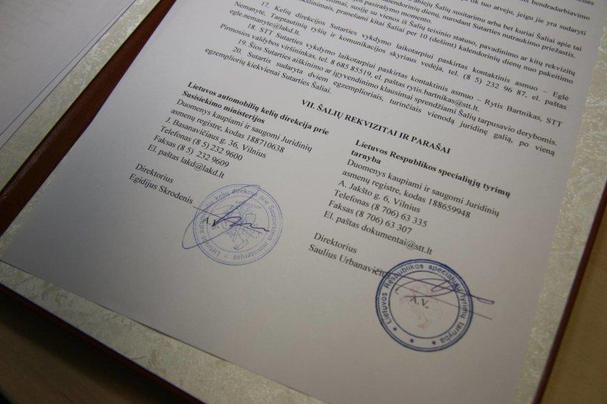 LAKD ir STT sutartis