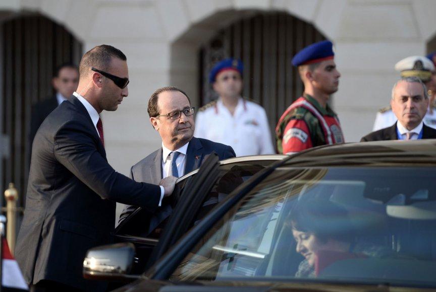 Egipte viešintis Prancūzijos vadovas Hollande'as