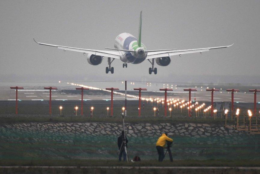 Naujasis Kinijos lėktuvas