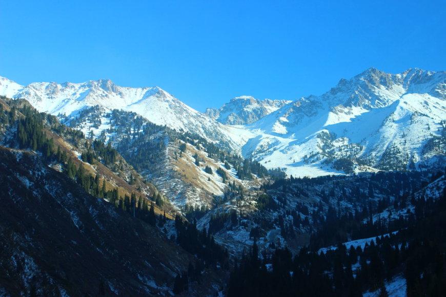 Kelionė į Almatos slidinėjimo kurortą Medeo
