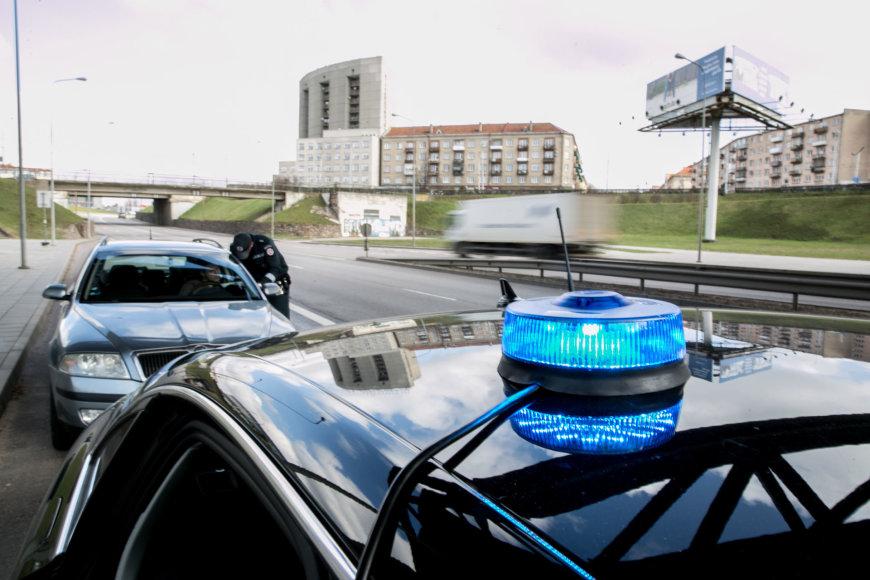 """Patruliavimas su Lietuvos kelių policijos nežymėta """"Audi A6"""""""