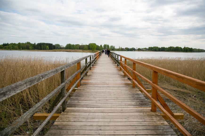 Širvėnos ežero tiltas – medinis pėsčiųjų tiltas, ilgiausias Lietuvoje