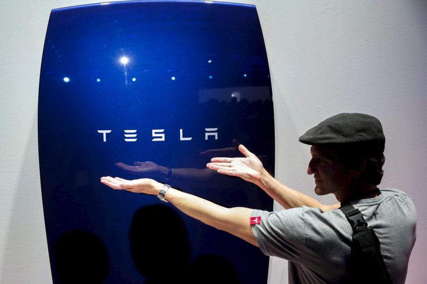 """Tesla"" namų baterija"