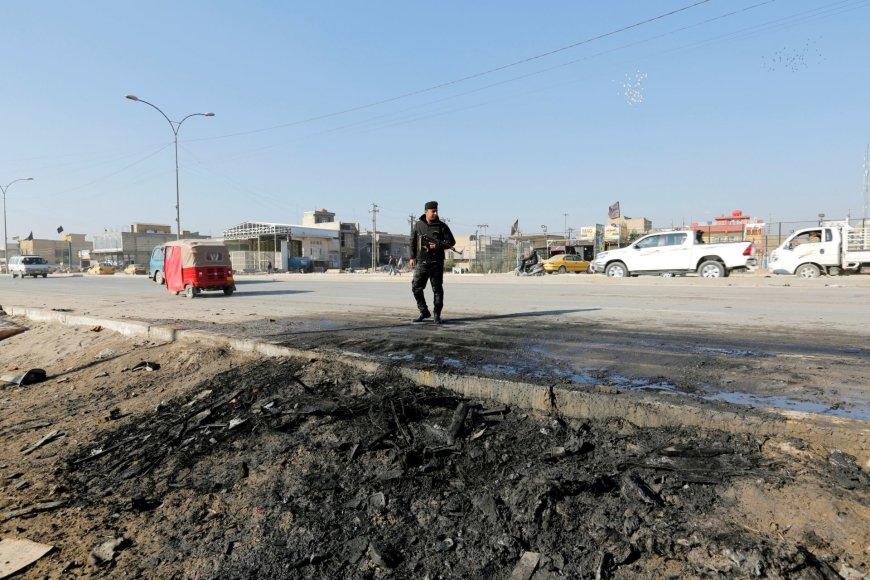 Irako karys stovi prie sprogimo vietos