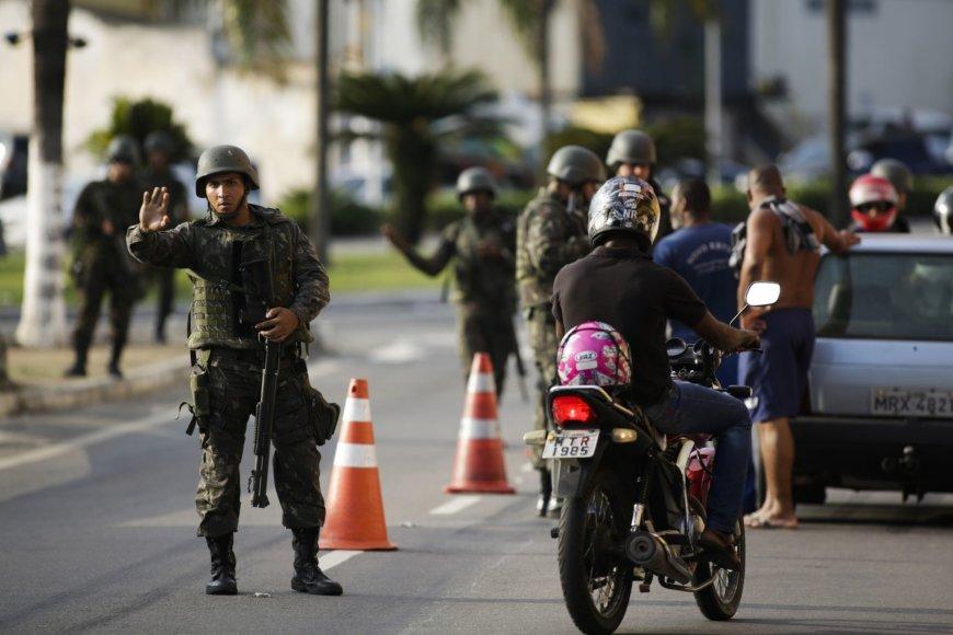 Brazilijos kariai Rio de Žaneiro gatvėse