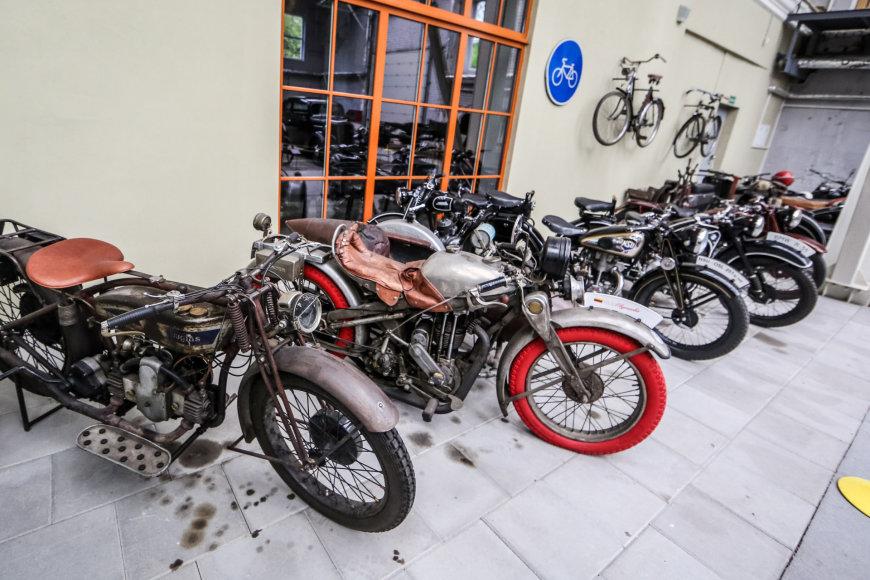 Motociklų ekspozicija muziejuje